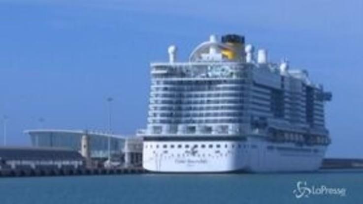 Coronavirus, nave da crociera bloccata a Civitavecchia per 2 casi sospetti