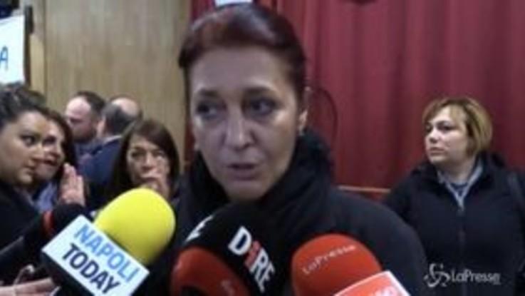 """Whirlpool, sindacati e operai: """"L'azienda vuole lasciare l'Italia, il governo si svegli"""""""