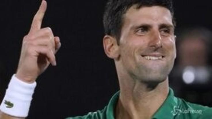 Australian Open, Djkovic batte Federer e vola in finale