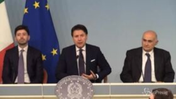 """Coronavirus, Conte: """"Due casi accertati in Italia"""""""