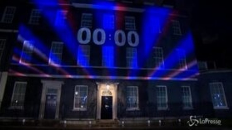 Brexit: il countdown a Downing Street, festa a Londra per l'addio all'Ue
