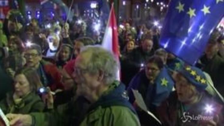 Brexit: la veglia degli europeisti, candele e canti a Oxford