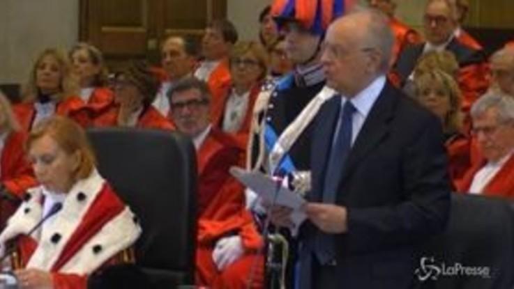Anno giudiziario, la protesta degli avvocati milanesi contro la riforma della prescrizione