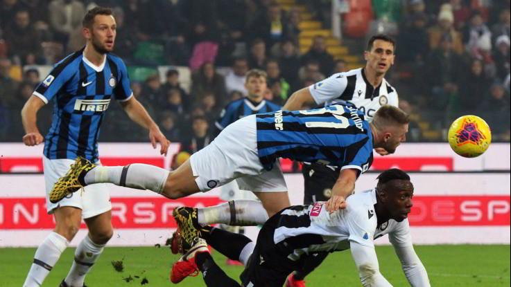 L'Inter torna a vincere, Udinese battuta 2-0 in casa