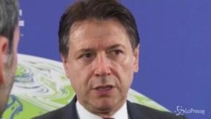 """Coronavirus, Conte: """"I governatori si fidino di chi ha le competenze"""""""