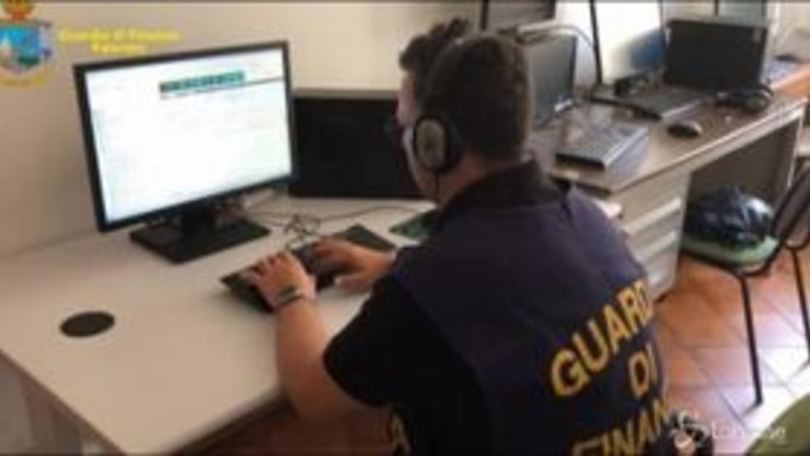 Palermo, sequestrati 500mila euro sottratti a ente per disabili