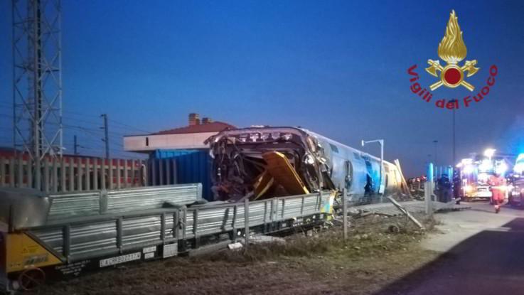 Lodi, deraglia treno ad alta velocità: morti i due macchinisti