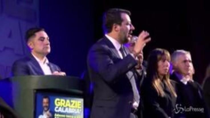 """Salvini: """"Emergenza in Italia è odio? Tutti in coda sulla 106 a sorridere..."""""""