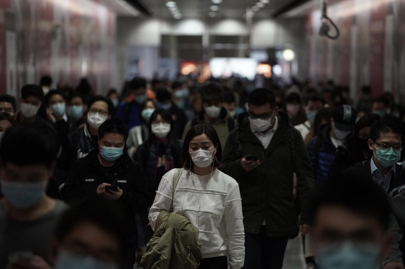 Coronavirus: in Cina 722 morti, prima vittima americana