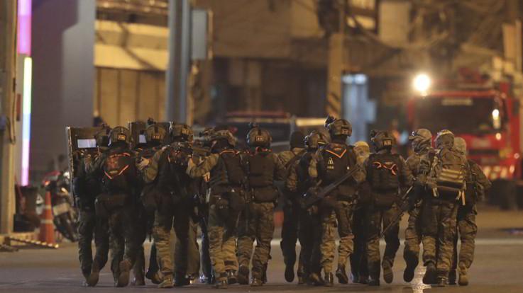 Thailandia, strage al centro commerciale: ucciso il killer