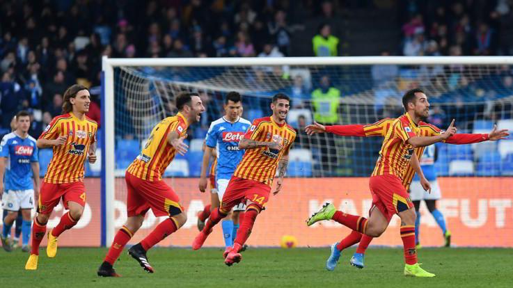Il Lecce passa a Napoli, Lapadula-Mancosu gelano il S. Paolo: 2-3