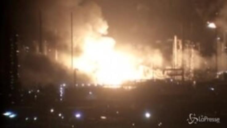 Louisiana, fiamme nella raffineria di ExxonMobil