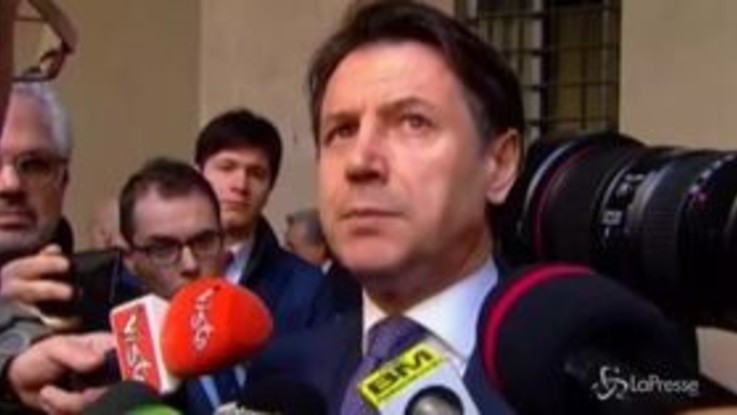 """Governo, Conte: """"Non accettiamo ricatti, Italia Viva dica al Paese come vuole proseguire"""""""