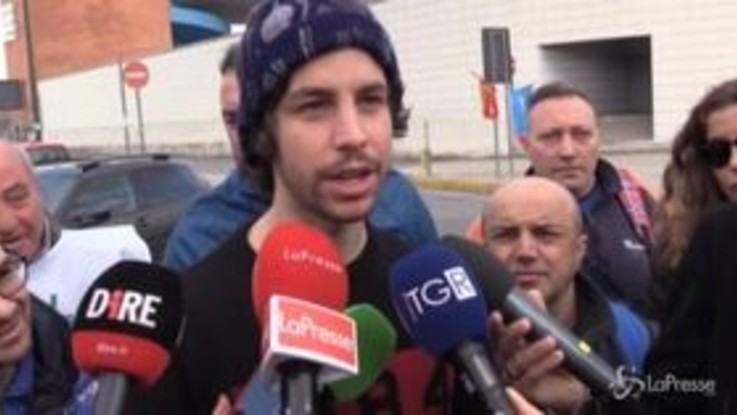 """Sardine a Napoli, Santori: """"Salvini deve convincere napoletani che non vuole più bruciarli"""""""