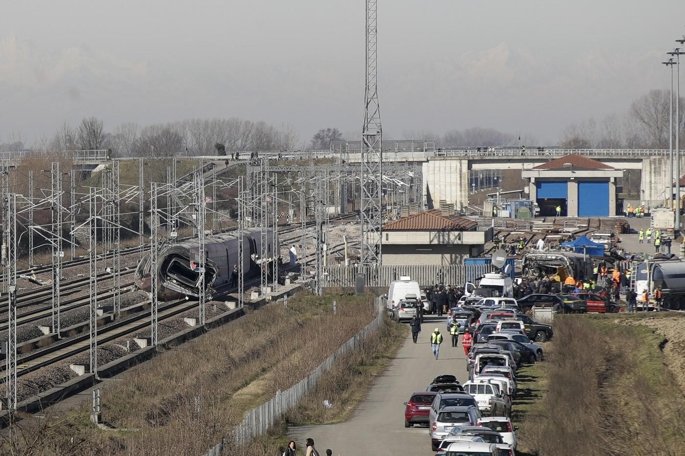 Treno deragliato nel Lodigiano, indagato Ad Ferrovie Gentile