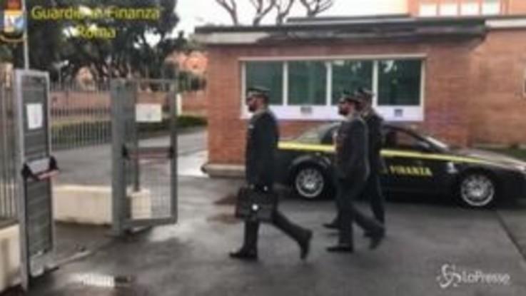 Analisi cliniche ad amici e parenti: 141 indagati a Roma