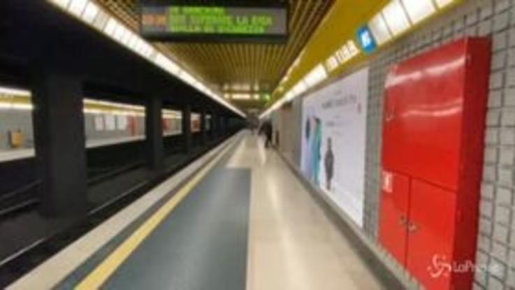 Coronavirus, Milano deserta per paura del contagio