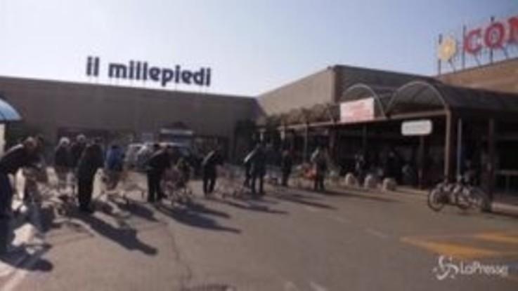 Coronavirus, l'assalto al supermercato nel Lodigiano