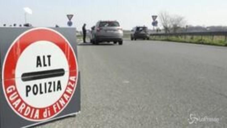 Lodi, posti di blocco intorno alla zona rossa: Nessun isterismo, la popolazione collabora