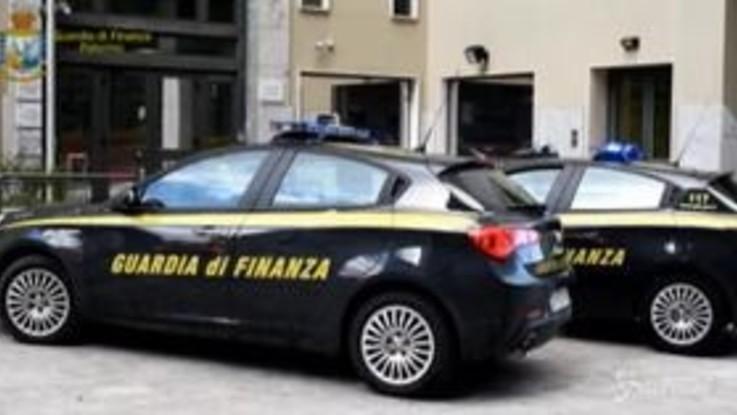 Palermo, peculato e autoriciclaggio: sospesa addetta Riscossione Sicilia