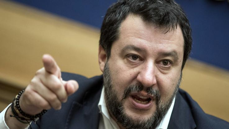 Coronavirus, Salvini apre a governo unità nazionale. Senza Conte