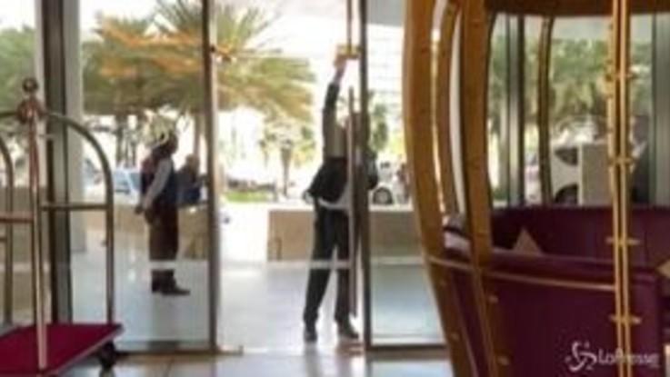 Coronavirus, fotografi di LaPresse bloccati ad Abu Dhabi