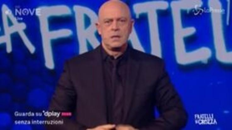 """Crozza e il coronavirus: """"L'Italia per una volta ha primato europeo"""""""