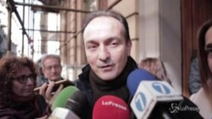 A Torino l'igienizzazione delle scuole, Cirio assiste ai lavori