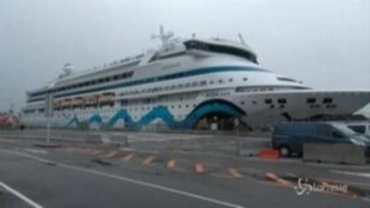 Coronavirus: nave da crociera tedesca in quarantena in porto norvegese