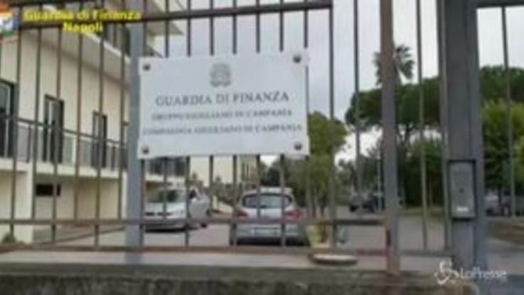 Coronavirus, Gdf Napoli sequestra 10mila mascherine vendute a prezzi esorbitanti