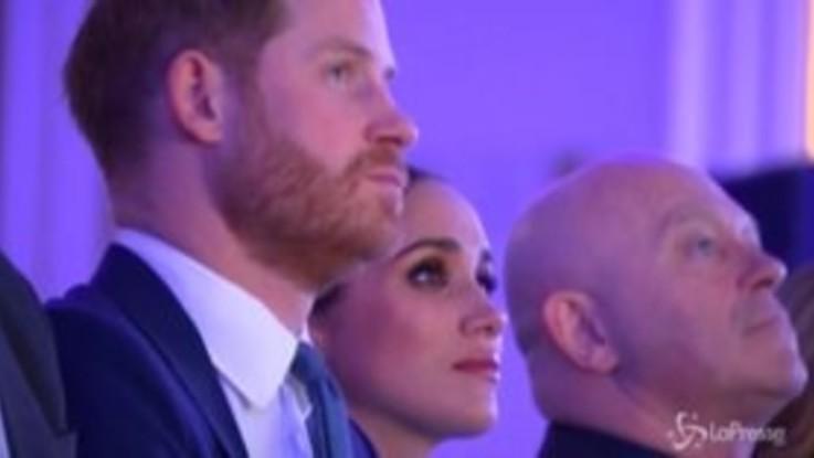 """Harry e Meghan tornano a Londra: """"Siamo così felici di essere di nuovo qui con voi"""""""