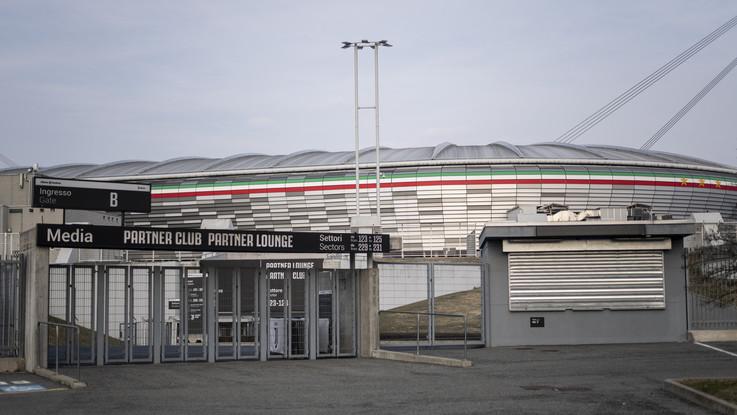 Calcio, Serie A riparte domenica: subito Juve-Inter. Agnelli sta con Zhang