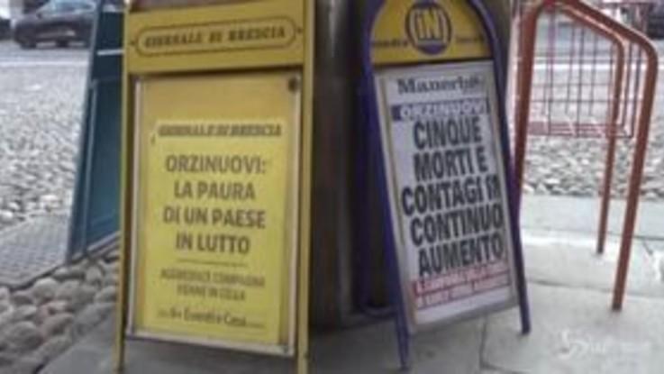 """Cresce la paura nel Bresciano, a Orzinuovi 5 funerali in un giorno: """"Tira aria di morte"""""""