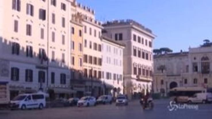"""Coronavirus, Roma è svuotata: """"Preoccupati ma seguiamo le indicazioni"""""""
