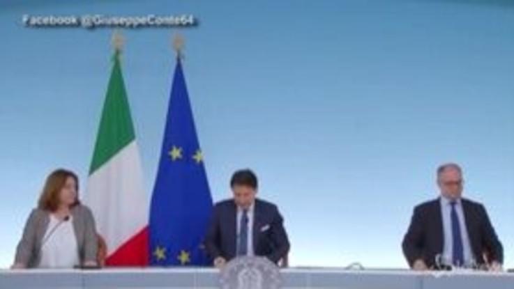 """Conte: """"Stop attività in Lombardia? Aspettiamo richieste motivate"""""""