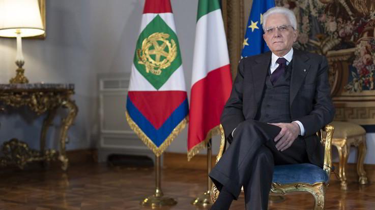 Gaffe di Lagarde affossa Piazza Affari, la bacchettata di Mattarella