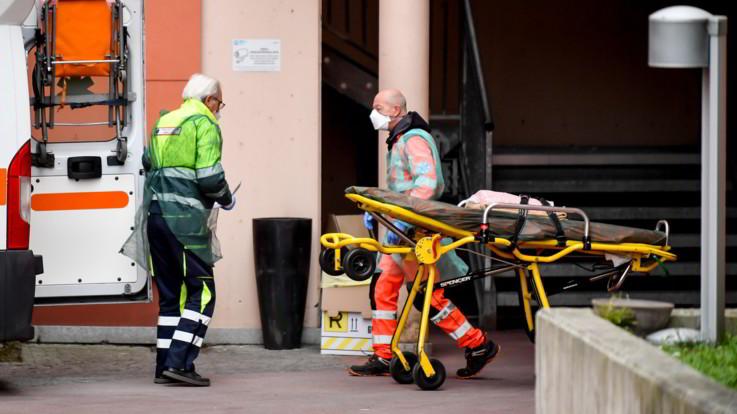 Bergamo, morto un operatore del 118 di 47 anni