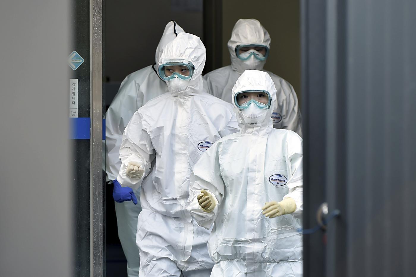 Coronavirus, 152 nuovi casi in Sud Corea: focolai a Daegu e Seul