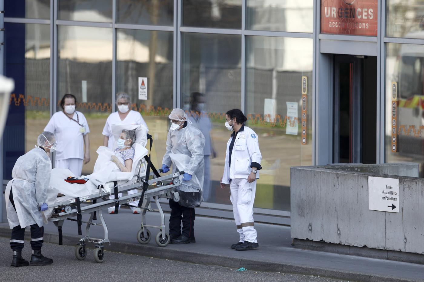 Coronavirus in Spagna: è un bollettino di guerra. Sono oltre 17 mila i contagiati. 3 mila i nuovi casi