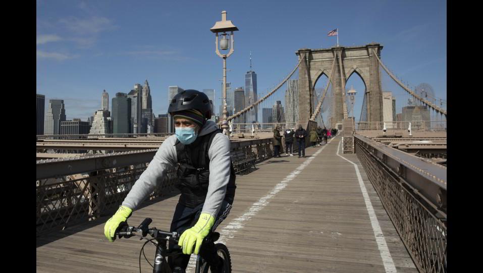 Brooklyn Bridge, NY ©