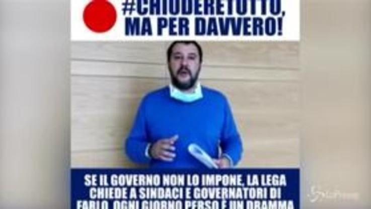 """Coronavirus, Salvini video messaggio su Facebook: """"Ora chiudere tutto, ma per davvero"""""""