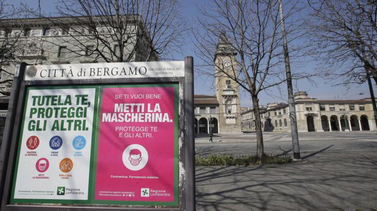 """Coronavirus, appello sindaci bergamaschi a Conte e Fontana: """"Fermiamoci per davvero"""""""