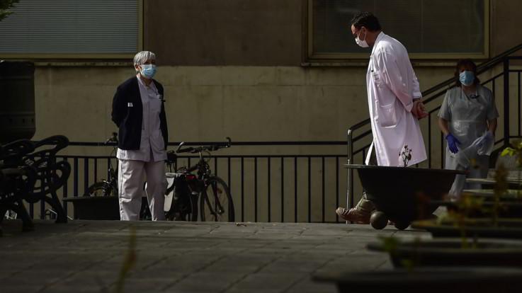 Coronavirus, cresce il contagio in Spagna: 5mila nuovi casi