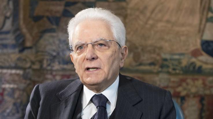 """Coronavirus, Mattarella: """"Un percorso doloroso per l'Italia"""""""