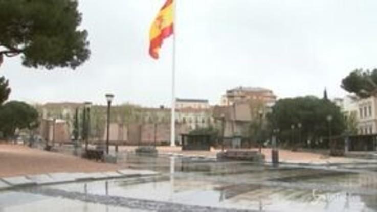 Spagna verso il collasso, Usa terzi per contagi