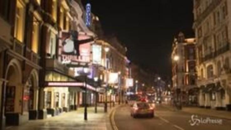 Effetto coronavirus a Londra, vuota anche 'Theatreland'
