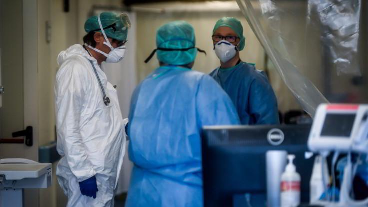 Coronavirus, Piemonte invita aziende a sperimentare Avigan su indicazioni Aifa