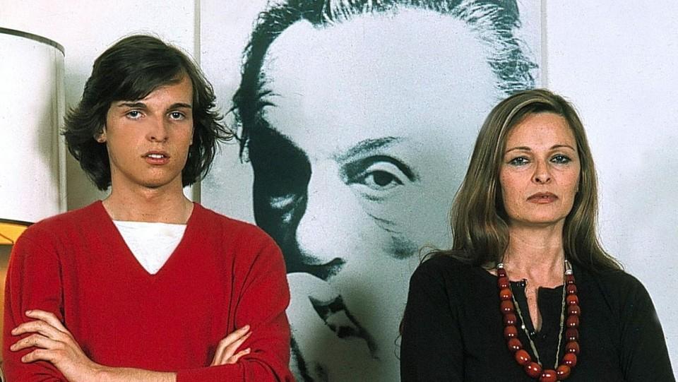 Lucia Bosé con il Figlio Miguel ©