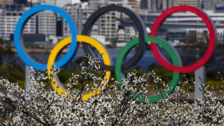 Tokyo 2020, Giochi in cerca di una data. Bach rilancia: Serviranno sacrifici