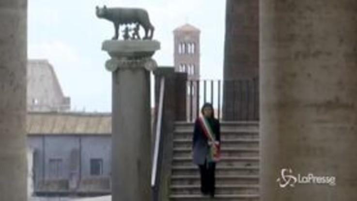 """L'Italia si ferma per ricordare le vittime del covid-19, Raggi: """"E' una ferita che unisce il Paese"""""""